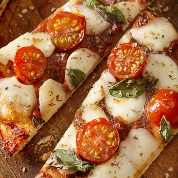 Enjoy Grilled Pizza with this recipe from Metropolitan Market