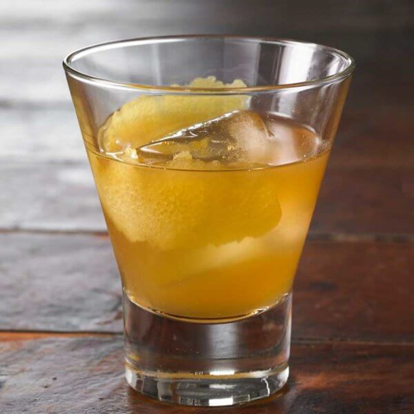 Enjoy a Bourbon Cider Cocktail with this recipe from Metropolitan Market