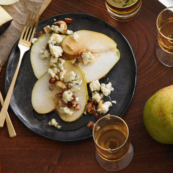 Enjoy holiday pears with blue cheese, nuts, and honey with this recipe from Metropolitan Market